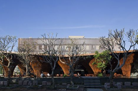 Kontum Indochine Cafe by Vo Trong Nghia Architects