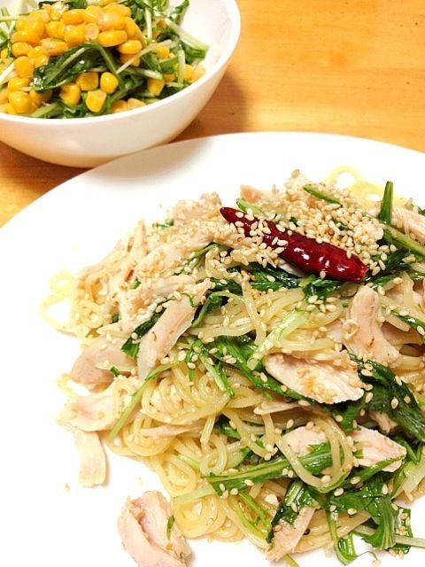 パスタのレシピだけど焼きそばしかなかった…(^^;; - 10件のもぐもぐ - ささ身と水菜の塩焼きそば~柚子胡椒風味~ by rururarura