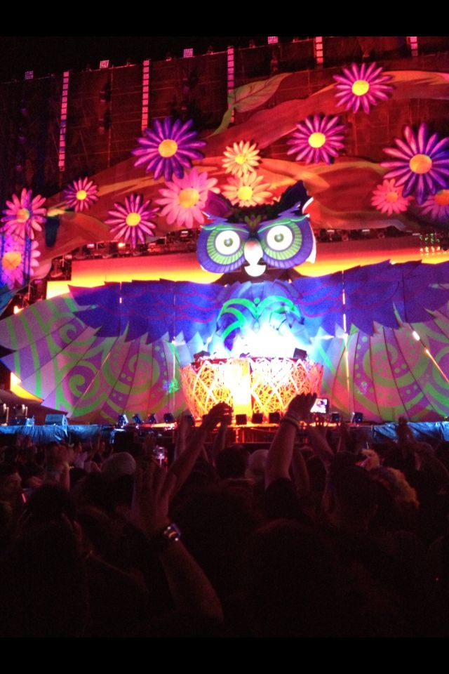 EDC Electric Daisy Carnival - Las Vegas 2013 SO MUCH FUN!