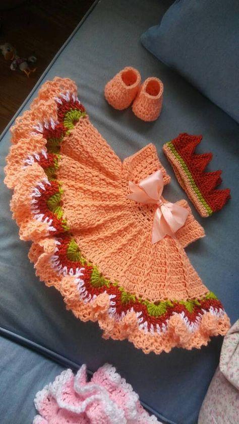 Vestido del bebé del ganchillo del melocotón con colorido