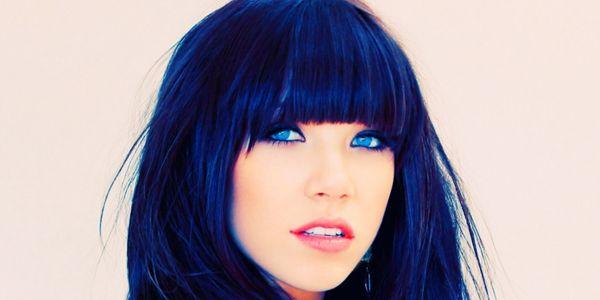 Mavi siyah saç rengi tonları