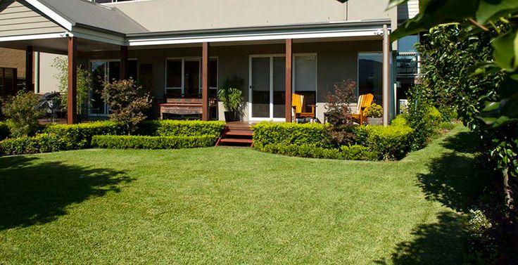 J & B Buffalo Turf Supplies - Sir Walter Buffalo Turf - Lawn Solutions Australia-http://www.buffaloturf.com.au.