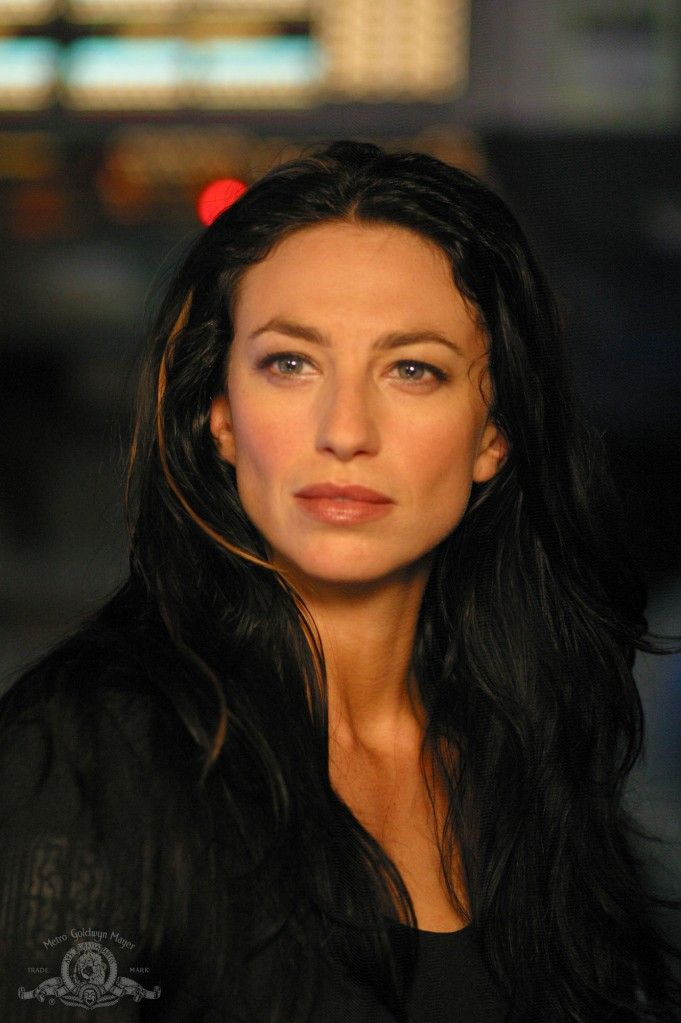Claudia Black as Vala - love her!