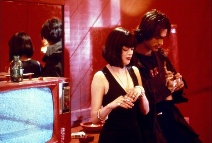 The doom generation (1995)  No one does pessimism with more style than Rose McGowan in the 1995