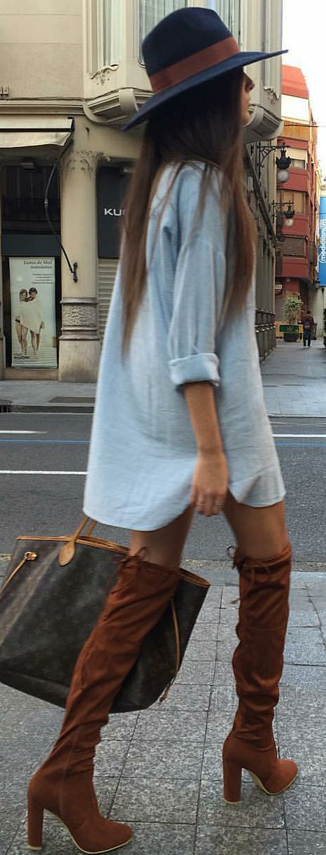 Street style | Loose shirt dress with navy hat and over the knee boots