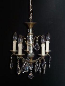 Franse oude kleine kroonluchter met kristallen pegels