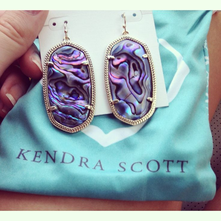 Okay I'm not too fond of Kendra Scott but I LOVE these.