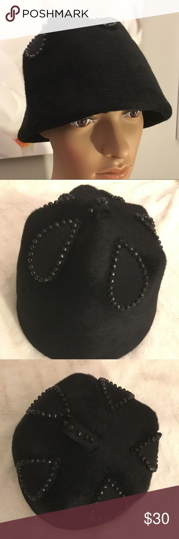 """💕Vintage pony hair hat by Coralie Lovely vintage black pony hair hat styled by Coralie.   Excellent vintage condition.    Circumference measured inside at tag is 21"""". Height is 5.5""""  Check out my other listings to bundle and save 🎉 Vintage Accessories Hats"""