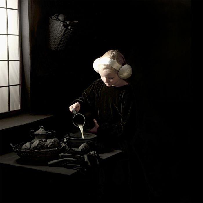 ARTE EN EL MUSEO La galería El Museo presenta la obra Desvelamientos de la artista manizalita Adriana Duque y exhibe por primera vez su serie Al otro lado. En simultánea la sala expone Tecnirama, trabajo del artista barranquillero Marco Mojica, hasta el próximo 10 de Octubre.