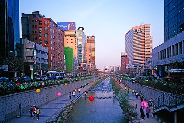 The Cheonggyecheon in Seoul
