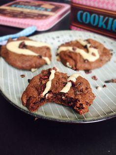 Chokoladecookies - opskrift uden sukker, mel, mælk og nødder --> Madbanditten.dk