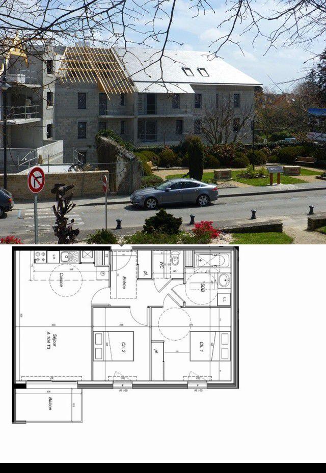 appartement 3 pieces 58 m2 CARNAC Centre ville  Rare appartement de 100m² avec grand balcon expose ouest. Salle de bains et salle d'eau. Emplacement de parking et garage en sous-sol.  ,Chauffage gaz de ville, logement BBCLivraison debut 2017