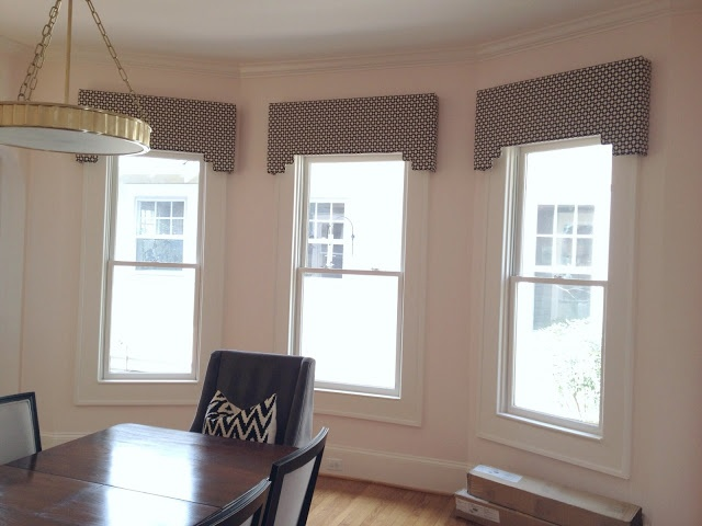 15 best ideas about living room window on pinterest for Bedroom cornice design