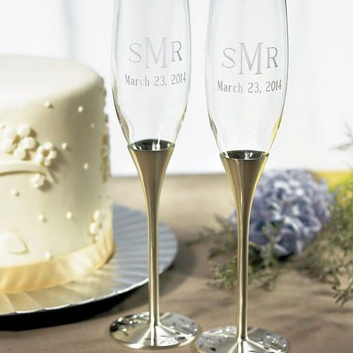 Hermosas copas para boda Venecia Plata ideales para una #bodacivil con detalles de 24 cristales de Swarovski, en la base de la copa son #bonitas #elegantes #conestilo las puedes #comprar en nuestra #tienda en el #df #ondinecollection