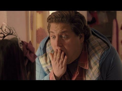Jonah Hill Is The Sitter (full movie) HD Thank you, it's actually 1080p.  Indeed it is! Thanks!  http://www.rottentomatoes.com/m/the_sitter_2011/ http://www.imdb.com/title/tt1366344/  The Sitter (2011) [USA:R, 1 h 27 min] Comedy Jonah Hill, Max Records, Ari Graynor, J.B. Smoove Director: David Gordon Green; Writers: Brian Gatewood, Alessandro Tanaka IMDb user rating: ★★★★★★☆☆☆☆ 5.6/10 (45,131 votes) Noah, is not your typical entertain-the-kids-no-matter-how-boring-it-is kind of sitter. crit