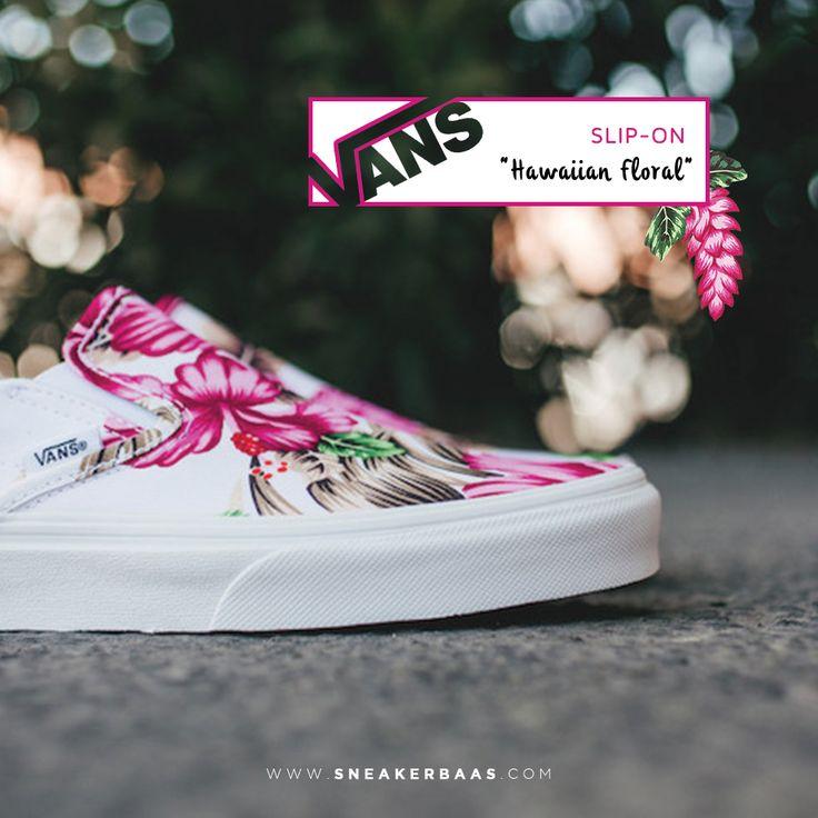 "#vans #vansslipon #slipon #hawaiianfloral #sneakerbaas #baasbovenbaas  Vans Slip-On White ""Hawaiian Floral"" - Now available - Priced at 69,99 Euro  For more info about your order please send an e-mail to webshop #sneakerbaas.com!"
