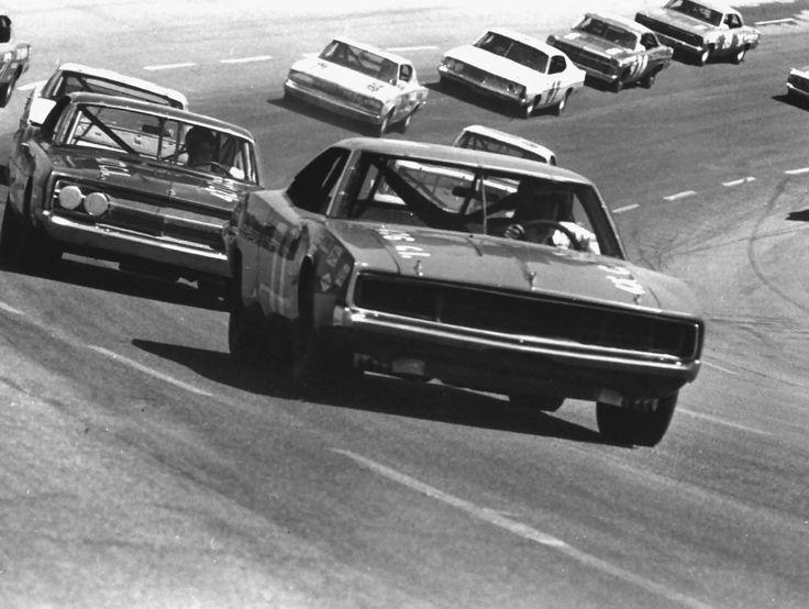 68 Dodge Charger | 1968 Dodge Charger at NASCAR Charlotte 500 Race BW DaimlerChrysler ...