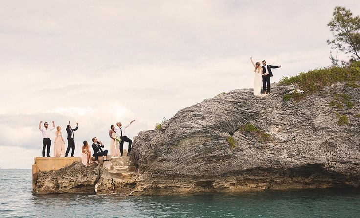 Ready to tie the knot on the most magical island in the Atlantic? Getting married in Bermuda is really quite simple. Here are three easy steps you need to take in order to meet the island's wedding requirements. Step 1 Complete a Notice of Intended Marriage You
