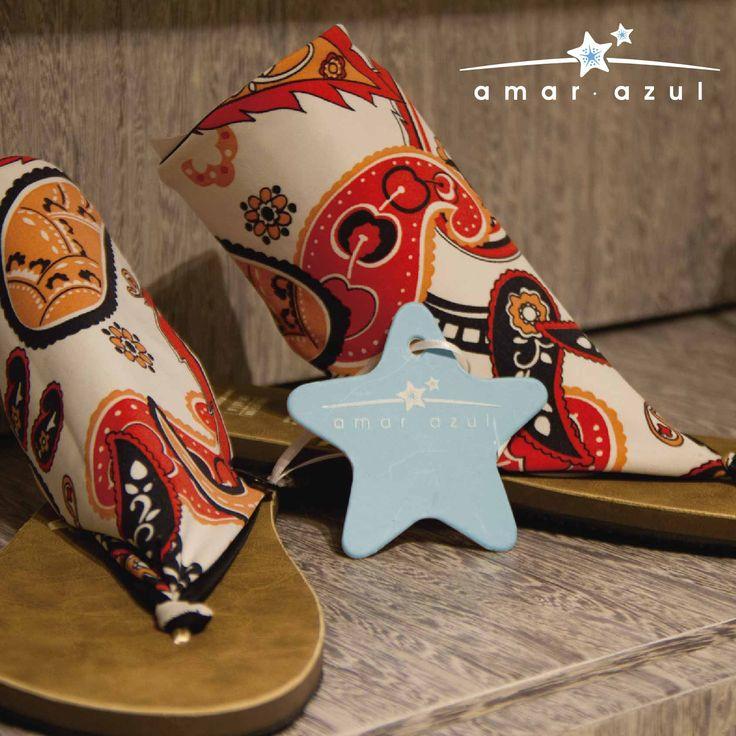 #Sandalias que te darán elegancia y comodidad al caminar este #verano. #beachwear #amarazulswimwear