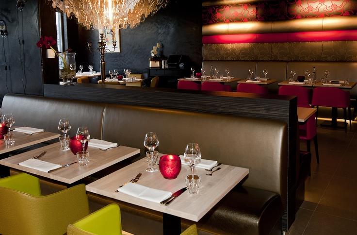 Grand Café Restaurant Babylon Alkmaar aan de passantenhaven van Schelphoek (Turfmarkt 11-23)