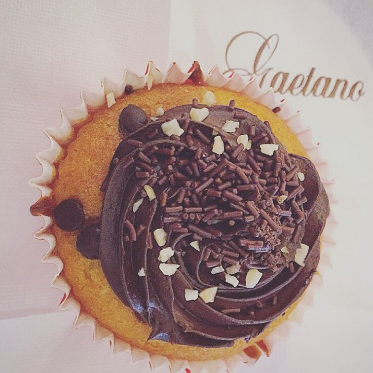 #chocolate #banana #cupcake #sweet