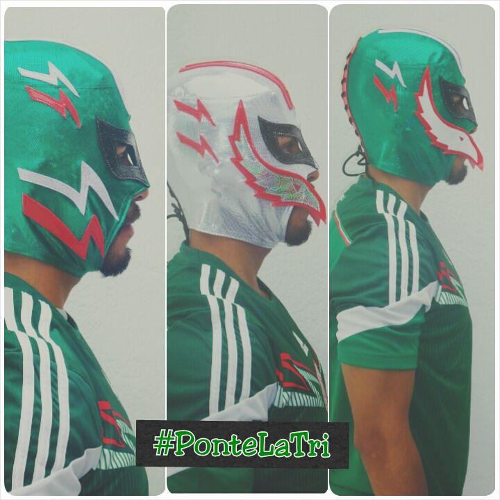 Máscara semiprofesional coleccionable de la Selección Nacional de #Mexico, diviértete durante el #Mundial #Fifa #Brasil2014 #PonteLaTri #Futbol. http://articulo.mercadolibre.com.mx/MLM-449625866-mascara-de-la-seleccion-mexicana-de-futbol-mundial-brasil-_JM