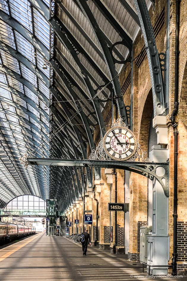 Films Set In London 15 Incredible Films Shot Around The Uk Capital Kings Cross Station Incredible Film London Travel