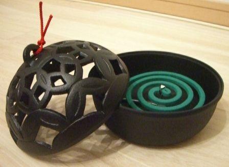 及源鋳造南部鉄器手まり蚊やり灰皿(蚊取り線香・蚊取り器)Japanese Traditional Iron Tray for Mosquito Coils