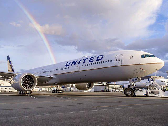 Boeing : 777-300ER pour United et 500e livraison de Dreamliner ... - Air-Journal