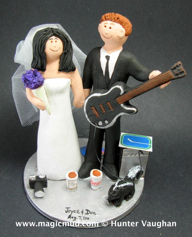 Rock Guitarist Wedding Cake Topper http://www.magicmud.com   1 800 231 9814  magicmud@magicmud.com   https://twitter.com/caketoppers         https://www.facebook.com/PersonalizedWeddingCakeToppers  $235 #wedding #cake #toppers #custom #personalized #Groom #bride #anniversary #birthday#weddingcaketoppers#cake toppers#figurine#gift#wedding cake toppers #guitar#guitarist#guitarPlayer#acousticGuitar#electricGuitar#musician#rockStar#rocknroll#rockGod