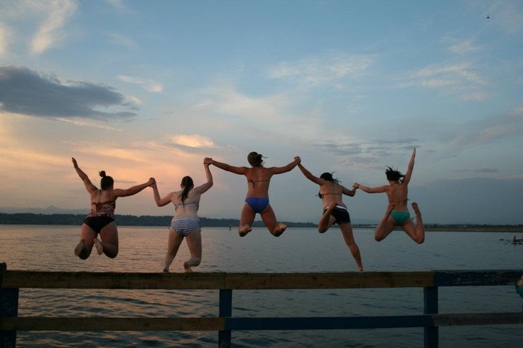 Lori Dowhaniuk's pier jumpers at Crescent Beach photo is the winner of a year-long family facility pass for Surrey recreation facilities - Congratulations!  #SummerInSurrey #SurreyBC
