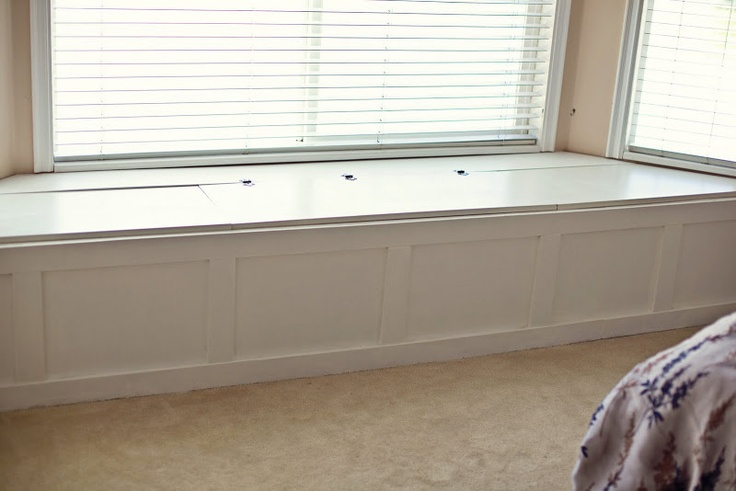 Build your own bay window seat woodworking projects plans for Build your own window