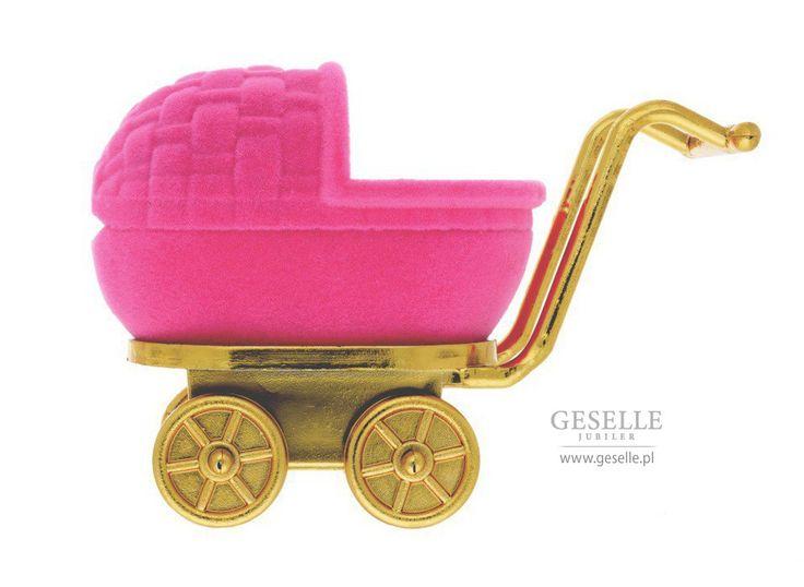 Słodkie opakowanie na pierścionek lub kolczyki w kształcie dziecięcego wózeczka, różowy wózek na biżuterię - idealny na prezent   NA PREZENT \ Opakowania na biżuterię od GESELLE Jubiler