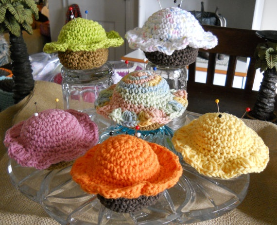 Crochet Cupcake Pincushions by Grandmaspleasures on Etsy, $7.00