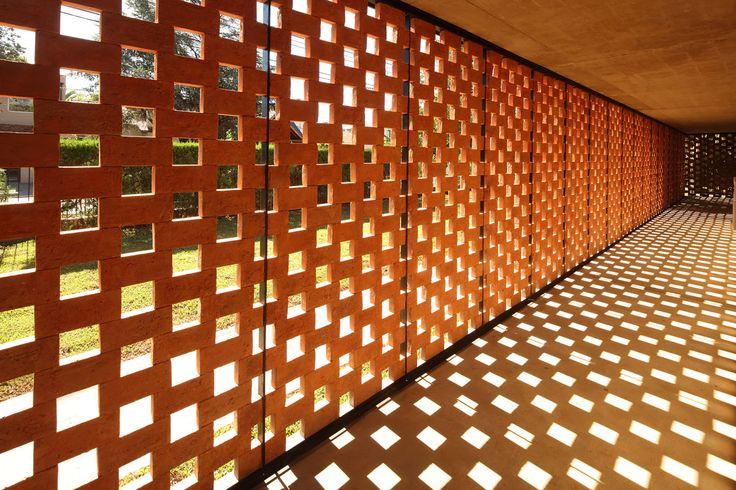 Estudio Botteri-Connell, Gustavo Sosa Pinilla · Experimental Brick Pavilion