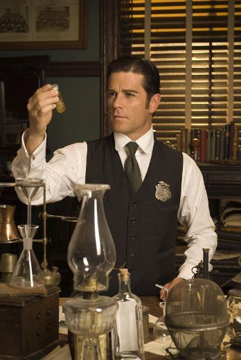 Bloody hell!  This Murdoch Mysteries interactive game is fun!    http://www.torontosun.com/2017/02/20/bloody-hell-this-murdoch-mysteries-interactive-game-is-fun