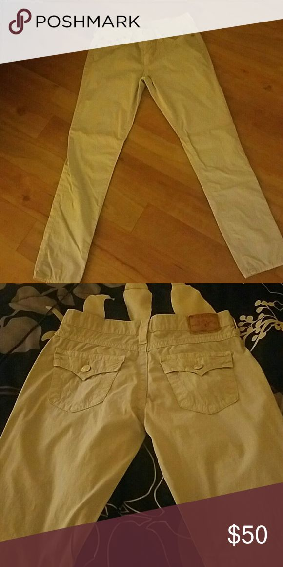 True Religion khaki 27 True religion khakis very good condition hardly worn they are big on me True Religion Pants Boot Cut & Flare