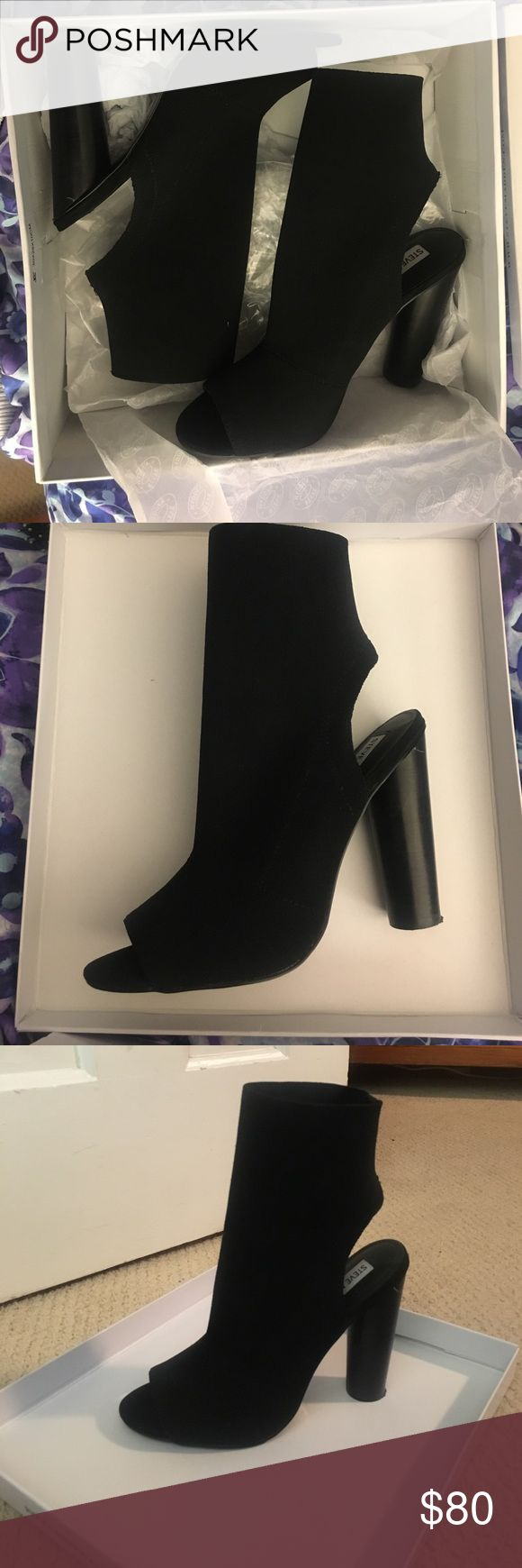 Steve Madden Young Black Peep Toe Boot