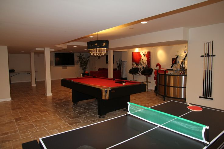 37 best images about recreational room on pinterest for Rec room design ideas
