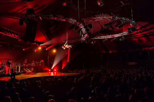 Ropeartist Silea at the Rock Circus PremiereThe Rock