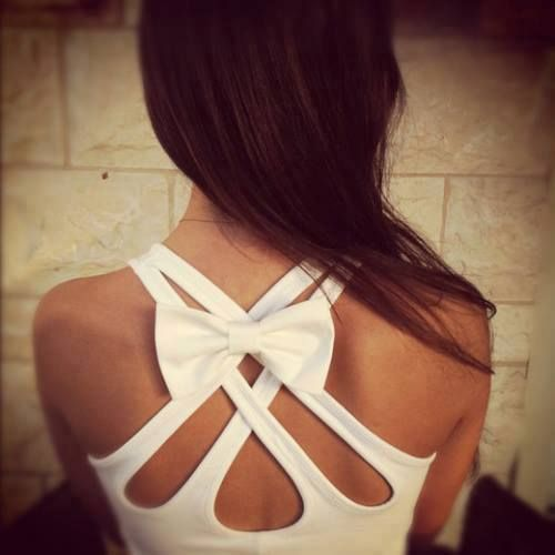 Double criss cross bow back