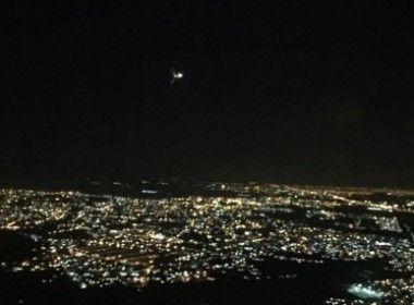 Consultor da Revista UFO fotografa UFO sobre o Rio de Janeiro  Em viagem para a cidade, Geraldo Lemos Neto obteve imagens de objeto luminoso; a Revista UFO está acionando seus contatos no meio aeronáutico para obter mais informações     Leia mais: http://ufo.com.br/noticias/consultor-da-revista-ufo-fotografa-ufo-sobre-o-rio-de-janeiro    CRÉDITO: GERALDO LEMOS NETO    #UFO #Galeão #Avistamento #RevistaUFO