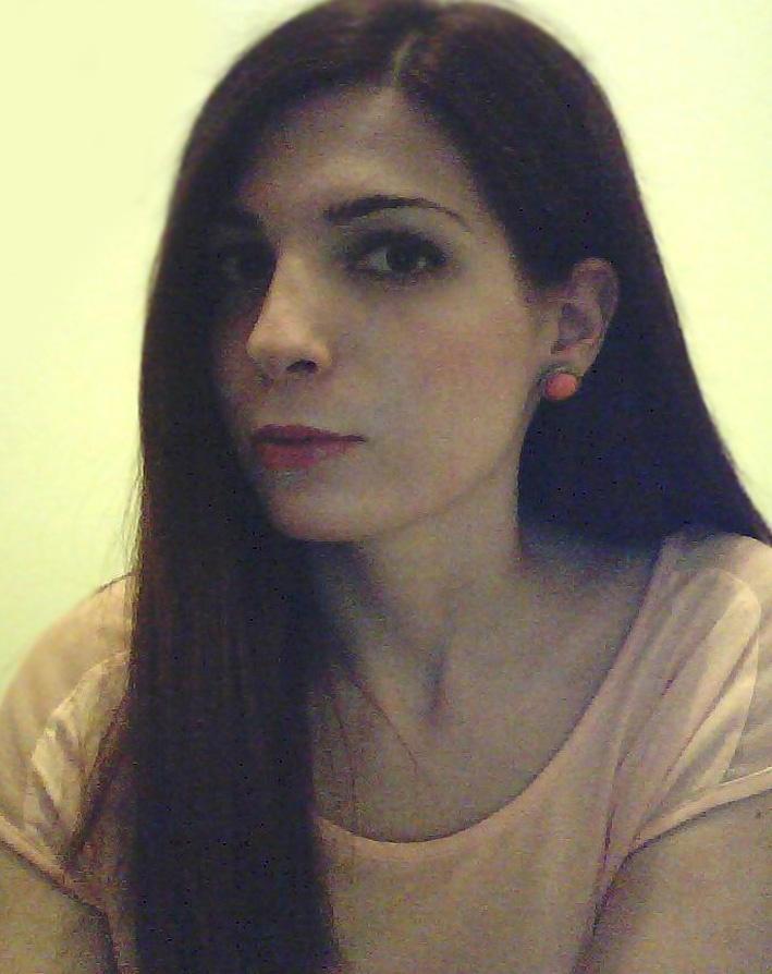 Me on h & m earrings and #bershka shirt