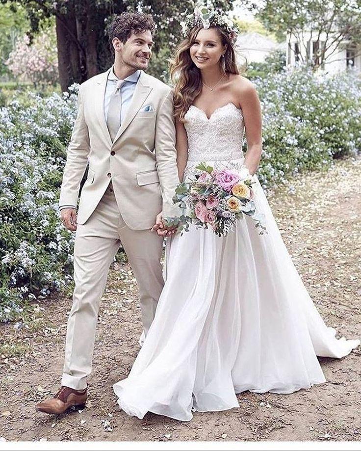 #sevilla#sevillagelinlik#gelinlikmodelleri#gelinlikmodelleri2017#nişan#nişanlık##düğün#wedding#aile#abiye#hautecouture#damat#evlilik#weddingday#aşk#sevgi#tutku#weddingcake#love#tac#family#gelintacı#passion#bridedress#weddinggown#nişanpastası#duvakmodelleri#gelinayakkabısı#mutluluk#happy - [ ] I - [ ] http://gelinshop.com/ipost/1522721118505727085/?code=BUhysoghPRt