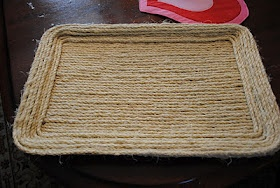 Old cookie sheet + rope = nautical tray
