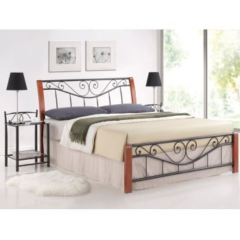 Pat metalic negru cu insertii lemn cires Parma #paturi #dormitoare #paturivintage #mobila #mobiladormitor #beds #bedrooms #DecoStores