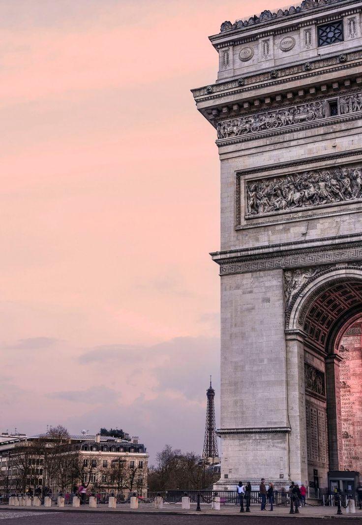 { travel :: pink skies at dusk, arc de triomphe, paris, france }