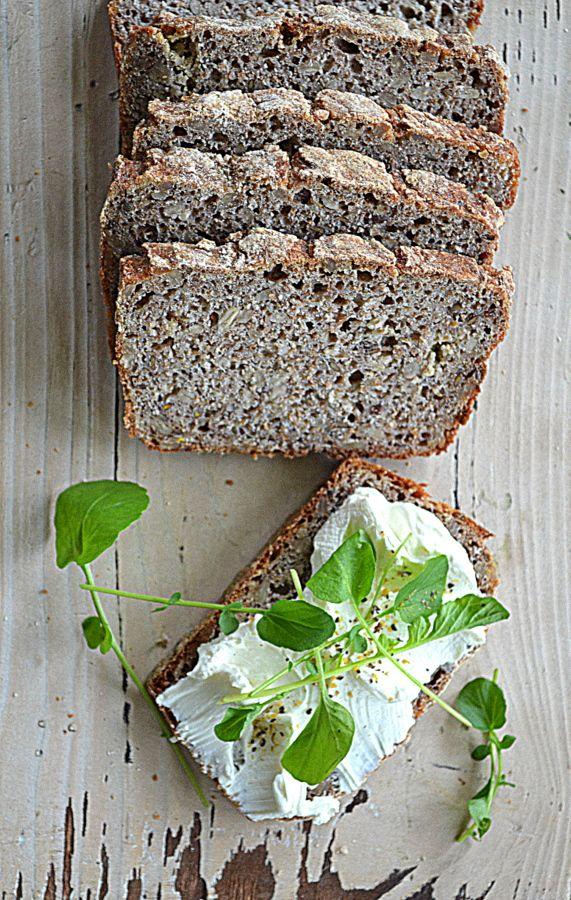 Chleb orkiszowy z kaszą gryczaną #gryz #MagazynGRYZ