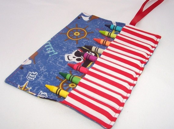 PIRATES Crayon Roll Up party favors