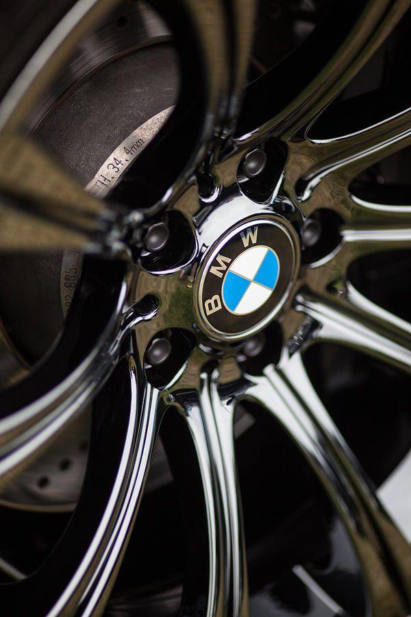 BMW Logo - Badge - Emblem on M5 Black Chrome Wheels